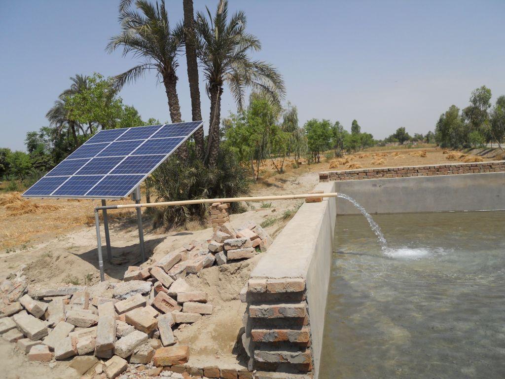 solar water pump - مضخات المياه الطاقه الشمسيه
